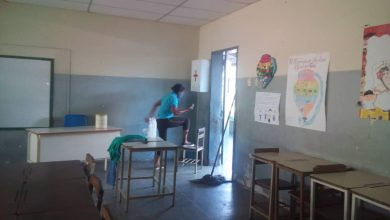 Photo of Docentes exigen al Gobierno recuperar planteles para poder regresar a las aulas