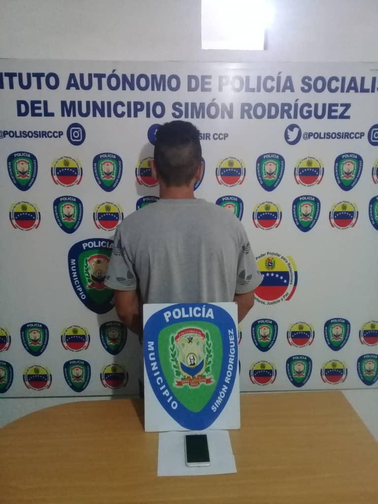 Photo of Polisosir detuvo a hombre por robo de celular