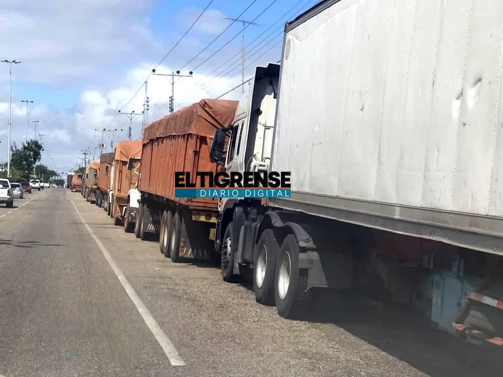 Photo of Fallas en despacho de gasoil genera largas colas en Guanipa