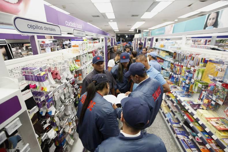 Photo of MinComercio acuerda con Farmatodo bajar precios de productos