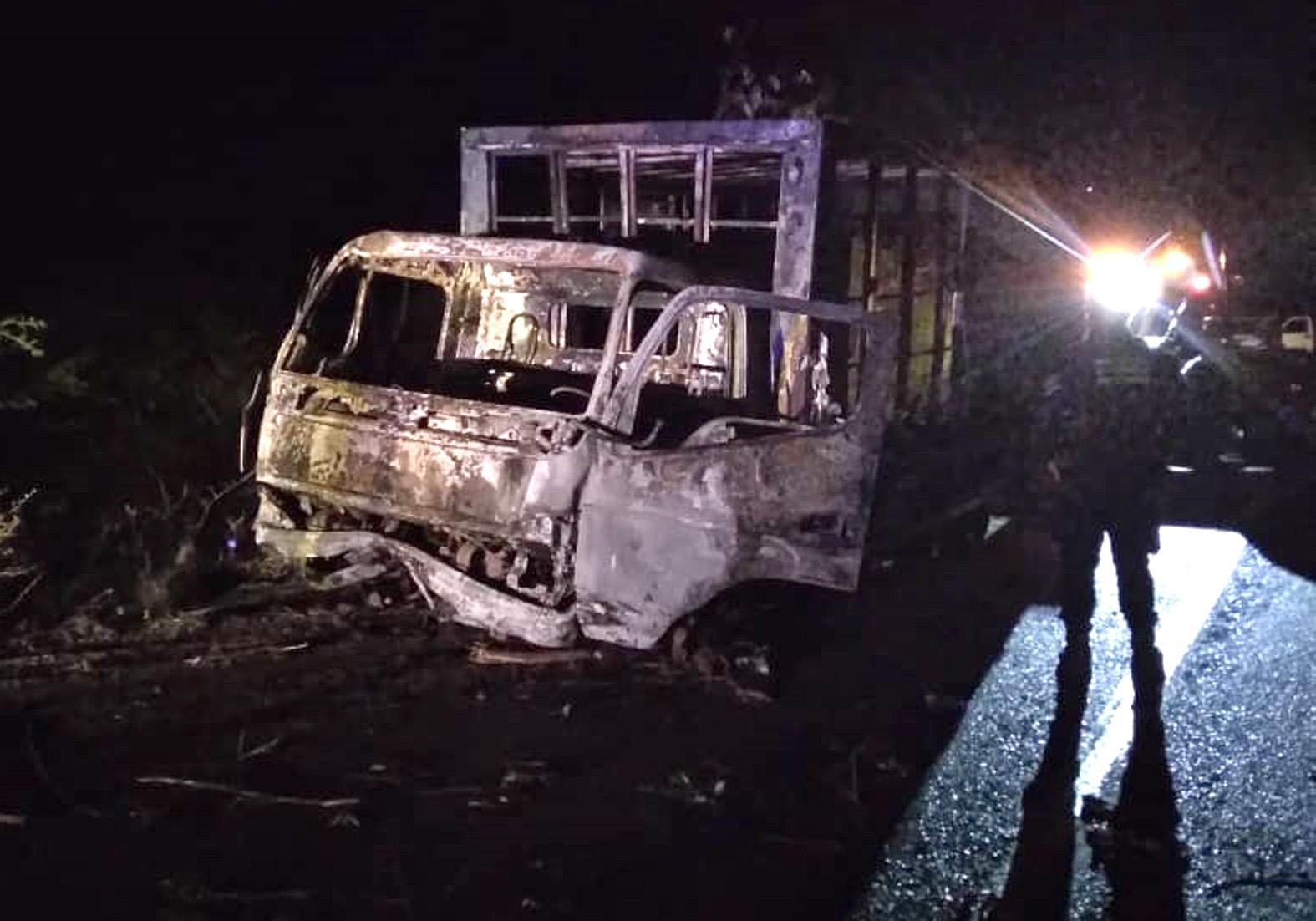 Photo of Ayudante de camión murió tras ataque de piratas de carretera con bomba molotov