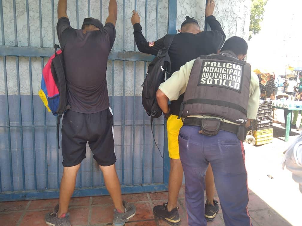 Photo of Polisotillo detuvo a tres personas y verificó a 32 durante la semana pasada