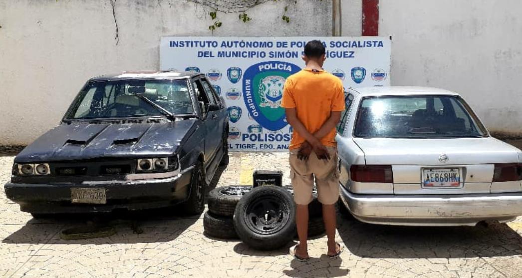Photo of Polisosir detuvo a un hombre y recuperó dos vehículos robados