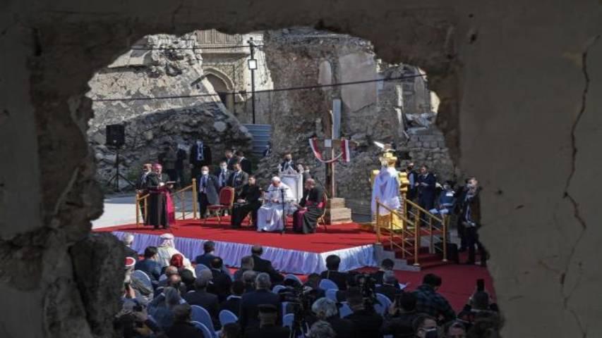 Photo of Papa reza por víctimas de guerra en la devastada Mosul