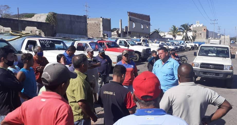 Photo of En Peñalver y Píritu garantizarán llenado a camiones cisternas pero deberán ajustar sus tarifas