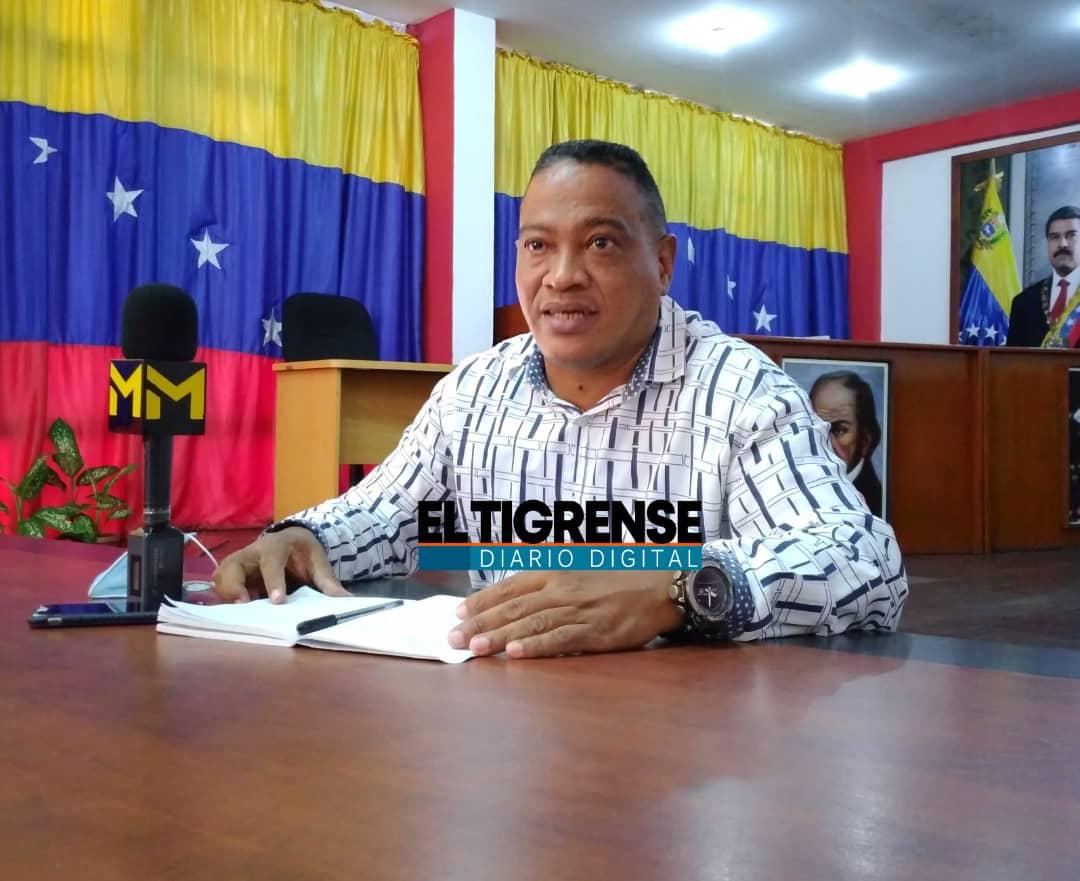 Photo of Concejal de El Tigre alertó sobre aumento inconsulto de la matrícula escolar