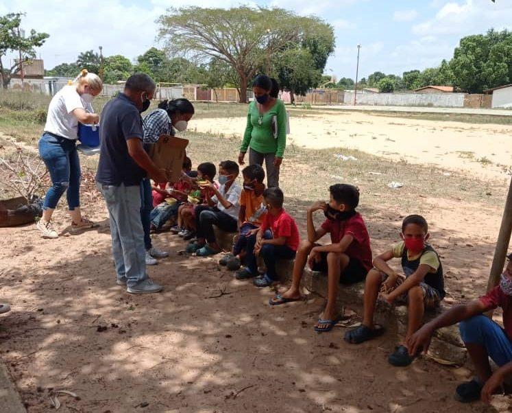 Photo of Alcaldía de El Tigre distribuyó más de 400 almuerzos en el hospital y sectores